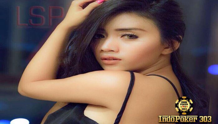 Agen Poker Teraman - Siapa yang tidak kenal model bugil Chacy Luna Challista. Tentu harus tahu profil dan foto-foto Chacy Luna Challista. Foto Model Bugil